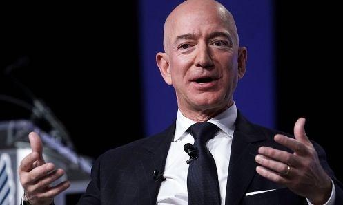 Ông chủ Amazon - Jeff Bezos trong một sự kiện hồi tháng 9. Ảnh:AFP
