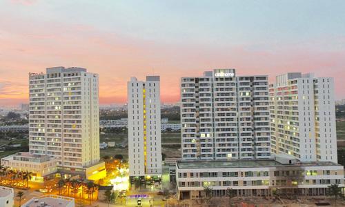 Một dự án bất động sản bình dân tại khu Đông TP HCM. Ảnh: Hao Bui