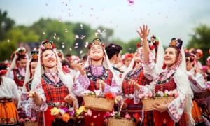 Ngành công nghiệp hoa hồng Bulgaria thu hút nhà đầu tư thế giới