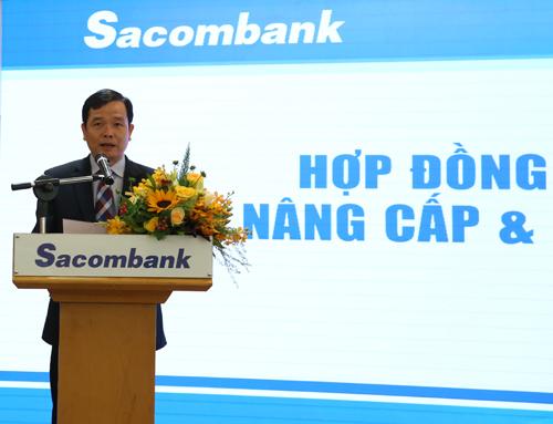 Ông Hà Văn Trung - Phó tổng giám đốc kiêm Giám đốc khối Tài Chính, Giám đốc dự án ALM của Sacombank phát biểu tại sự kiện.