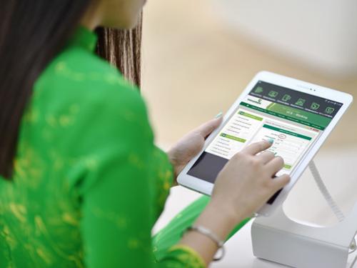 Việc thanh toán bằng dịch vụ ngân hàng điện tử của Vietcombank có thể thực hiện một cách nhanh chóng và dễ dàng.