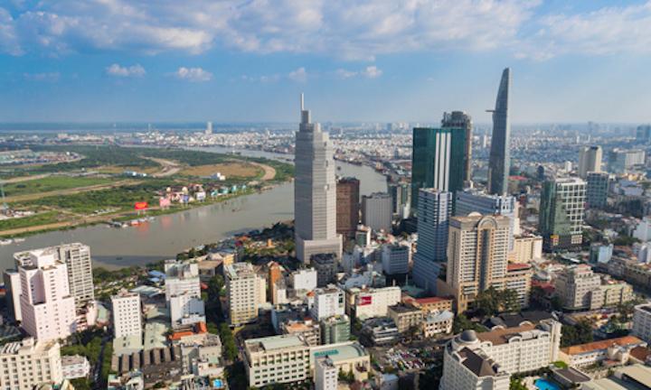 Sự phát triển đô thị của TP HCM - một trong thành phố đầu tàu kinh tế của Việt Nam. Ảnh: Vũ Lê