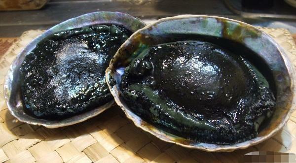 Bào ngư đen cũng là sản phẩm được nhiều khách chuộng. Ảnh minh họa.
