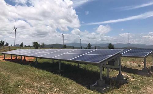 Một dự án điện mặt trời tại tỉnh Bình Thuận.
