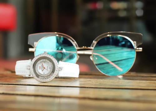 Đồng hồ nữ Diamond D giảm 20% cho bộ sưu tập ngày 8/3 - 5