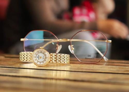 Đồng hồ nữ Diamond D giảm 20% cho bộ sưu tập ngày 8/3 - 2