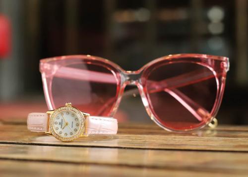 Đồng hồ nữ Diamond D giảm 20% cho bộ sưu tập ngày 8/3 - 4