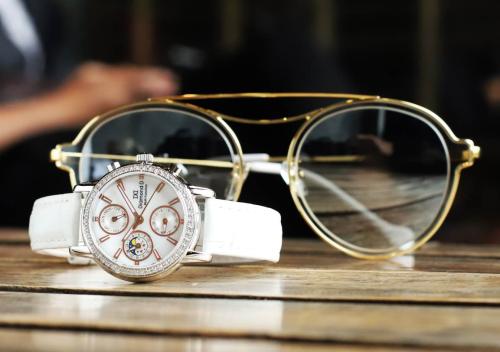 Đồng hồ nữ Diamond D giảm 20% cho bộ sưu tập ngày 8/3 - 8