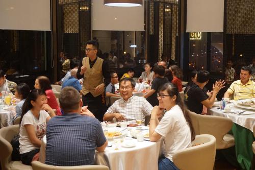 Bí quyết gây dựng thương hiệu ẩm thực cao cấp của bếp trưởng người Singapore - 2