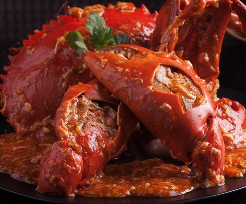 Công thức sốt ớt của Jumbo là bí quyết được đưa từ thương hiệu mẹ Jumbo Seafood Singapore về, nhằm đảm bảo độ chuẩn gia vị trong mỗi đĩa cua.