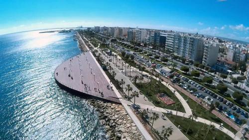 Cộng hòa Síp thu hút nhiều nhà đầu tư.