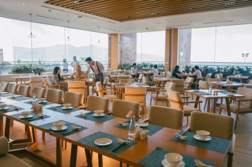 TMS Hotel Da Nang Beach được nhiều du khách lựa chọn bởi vận hành ổn định, chuyên nghiệp