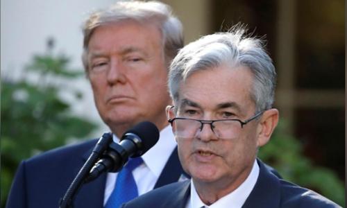 Tổng thống Mỹ - Donald Trump và Chủ tịch Fed - Jerome Powell. Ảnh: Reuters