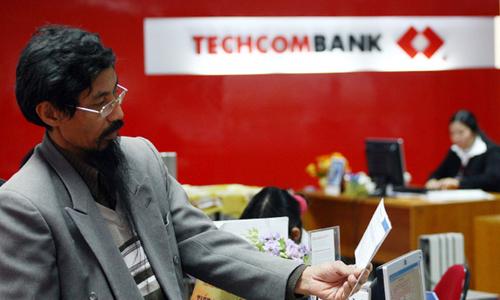 HSBC thoái vốn khỏi Techcombank được giới phân tích đánh giá một phần từ vấn đề quản lý.