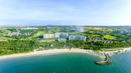 Phan Thiết - Mũi né với tiềm năng phát triển du lịch thu hút nhiều dự án bất động sản lớn.
