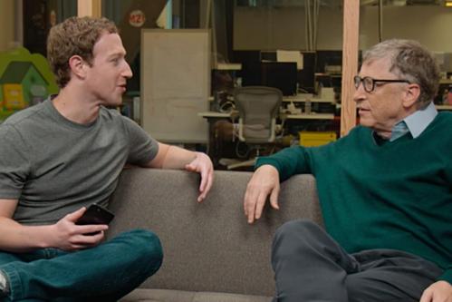 Ông chủ Facebook - Mark Zuckerberg và đồng sáng lập Microsoft - Bill Gates. Ảnh: Techtalk