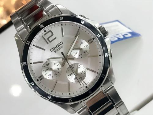 Điểm danh 2 thương hiệu đồng hồ bán chạy #1 Việt Nam (xin bài edit)