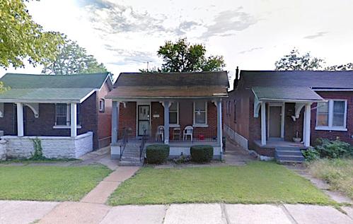 Những căn nhà đủ điều kiện bán giá một USD ở St. Louis. Ảnh: Google Maps