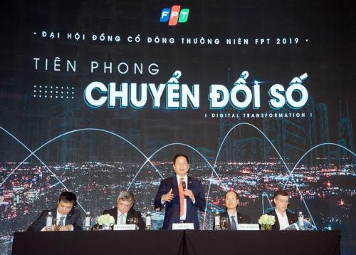 Ban lãnh đạo FPT tại phiên họp thường niên năm 2019.