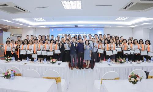Hệ thống đại lý ủy quyền của CenHomes được đào tạo chuyên nghiệp, chuẩn Singapore