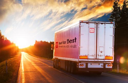Các doanh nghiệp sản xuất, phân phối và các nhà bán lẻ rất có mô hình liên kết hiệu quả bao gồm: hệ thống giao nhận, cung ứng vốn và lựa chọn hàng hoá. Ảnh: MH