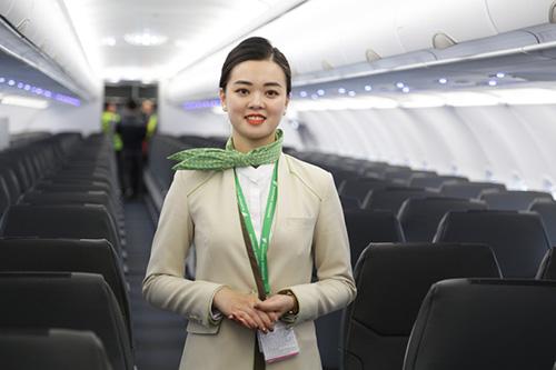 Tiếp viên Bamboo Airways. Ảnh: Anh Tú