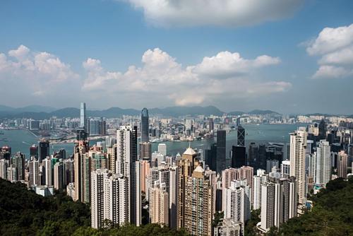 Các tòa nhà cao tầngtạiHong Kong (Trung Quốc). Ảnh: Bloomberg