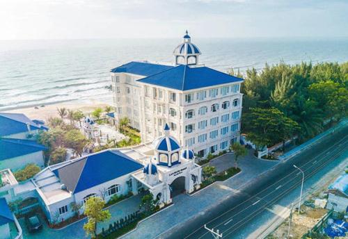 Khối khách sạn được ví như Santorini của Việt Nam của dự án Lan Rừng Resort & Spa Phước Hải.