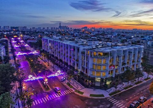 Nhà phố thương mại hiện hữu tại khu đô thị Vạn Phúc.