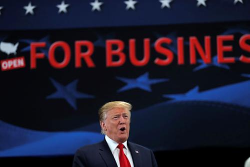 Tổng thống Mỹ - Donald Trump trong sự kiện hôm qua. Ảnh: Reuters