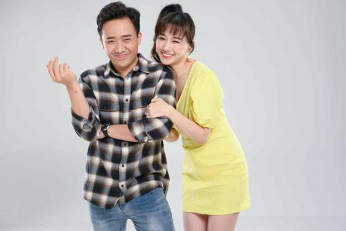 Hari Won và Trấn Thành kết hôn năm 2016. Sau gần ba năm quen nhau, cả hai vẫn dành cho nhau tình cảm ngọt ngào như thuở ban đầu. Khán giả, fan hâm mộ bên cạnh sự quý mến dành cho cặp đôi nghệ sĩ vẫn mong mỏi tin vui từ cặp đôi đình đám showbiz Việt trong năm 2019.