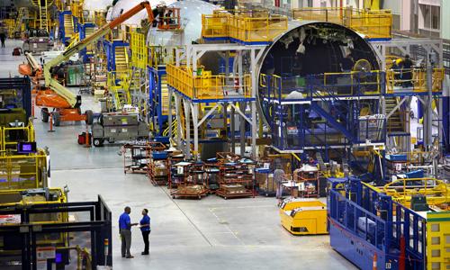 Bên trong nhà máy Boeing tạiNorth Charleston. Ảnh: Bloomberg