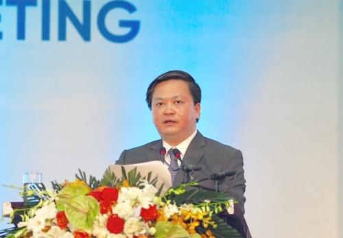 Ông Lê Đức Thọ, Chủ tịch HĐQT VietinBank tại phiên họp thường niên sáng ngày 23/4. Ảnh:MS