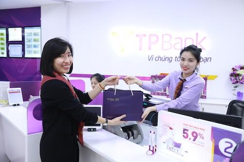 TPBank dành hơn 3 tỷ đồng thu hút khách hàng gửi tiết kiệm.