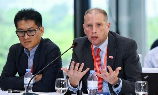 TS Brian Hull - Tổng giám đốc ABB Việt Nam.