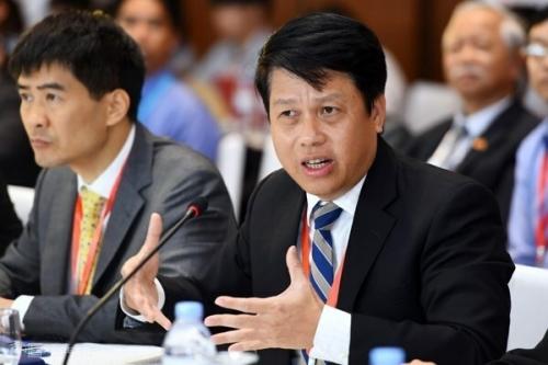 Ông Phạm Tiến Dũng, Vụ trưởng Thanh toántrongPhiên hiến kế về kinh tế số nằm trong chuỗi hội thảo của Diễn đàn Kinh tế tư nhân Việt Nam 2019. Ảnh: Giang Huy