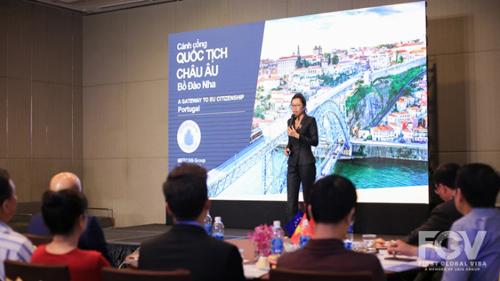 Bà Jasmine (Giám đốc Mercan Group khu vực Đông Dương) chia sẻ về cuộc sống thanh bình và nét văn hóa đa dạng tại Bồ Đào Nha, sự phát triển kinh tế nổi bật đã thu hút nhiều nhà đầu tư trên khắp thế giới trong những năm gần đây.