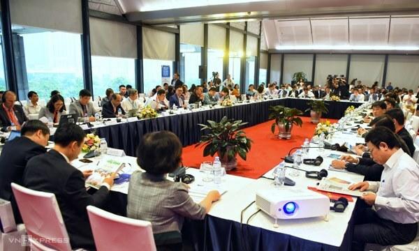Hội thảo phát triển kinh tế số thu hút sự tham dự của hàng trăm đại biểu sáng 2/5. Ảnh: Giang Huy.