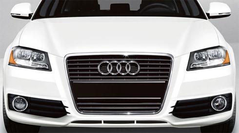 Nhiều xe sang nằm trong danh sách bán đấu giá để thu nợ của ngân hàng.