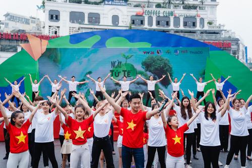 Hàng nghìn người dự sự kiện Ngày tử tế - Vì môi trường không rác thải