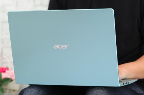 Sắm laptop Acer Swift, rinh nhiều quà tặng cùng xe máy Vision tại Thế Giới Di Động - Chị ơi, xin bài edit ạ