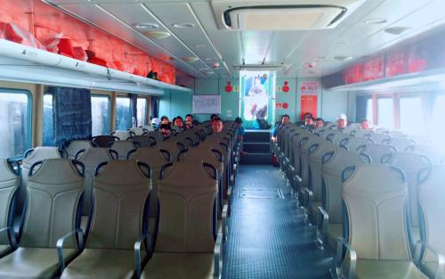 Resort AE Cửa Tùng  tăng chuyến tàu phục vụ du khách tới Cồn Cỏ - 1