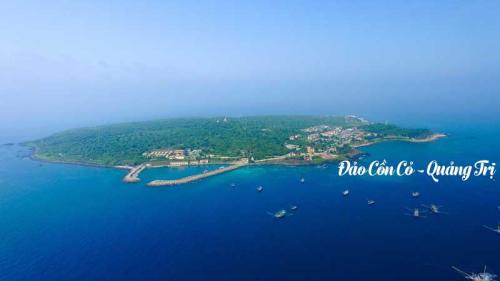Resort AE Cửa Tùng  tăng chuyến tàu phục vụ du khách tới Cồn Cỏ