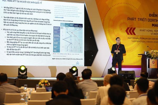 Ông Lương Tuấn Thành, Giám đốc công nghệ, Tập đoàn CMC chia sẻ thông tin.