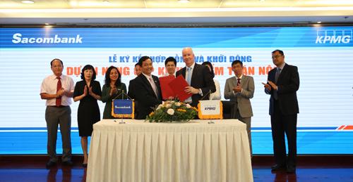 Lễ ký kết hợp tác giữa Sacombank và KPMG.