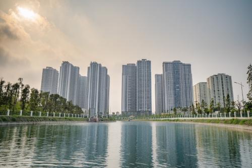 Kiến trúc khu đô thị TNR Goldmark City 36 Hồ Tùng Mậumang đậm phong cách Singapore.