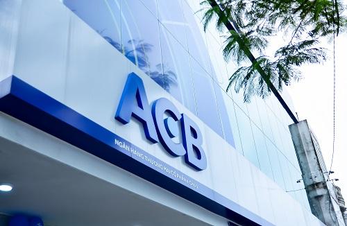ACB hiện là một trong 7 ngân hàng đầu tiên được Ngân hàng Nhà Nước chấp thuận chuẩn áp dụng tính toán tỷ lệ an toàn vốn theo chuẩn Basel II