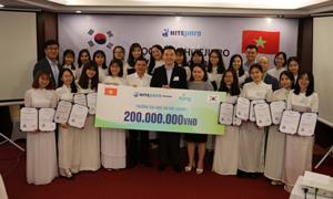 20 nữ sinh nhận học bổng Hitejinro 2019