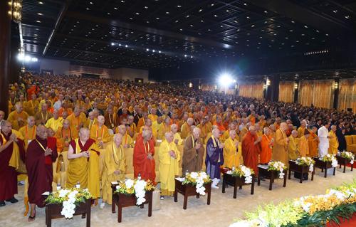 Vesak 2019 sẽ thảo luận về những khía cạnh thiết thực, hữu ích như lãnh đạo có trách nhiệm vì xã hội bền vững; Phật giáo và cách mạng công nghiệp 4.0; cách tiếp cận của Phật giáo về tiêu thụ có trách nhiệm... Bên cạnh các chương trình nghị sự, Đại lễ cũng tổ chức nhiều hoạt động văn hoá ý nghĩa như tắm Phật; cầu nguyện quốc thái dân an; triển lãm cổ vật phật giáo...