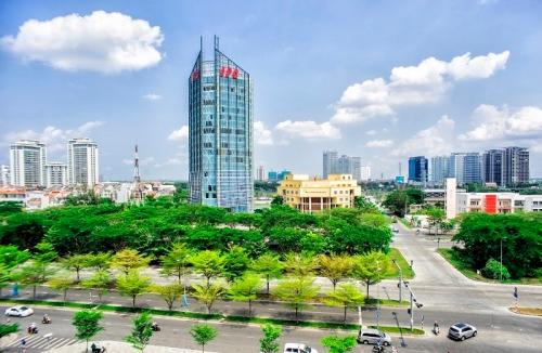 Toà nhà IPC nằm trong khu đô thị Phú Mỹ Hưng.